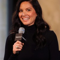 Olivia Munn says about Selfies on Instagram