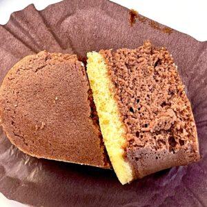 プチスフレチョコチーズの断面