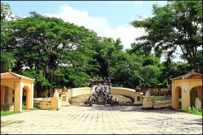 mo han danh hung Đại thần Phạm Đăng Hưng và Lăng Hoàng Gia ở Gò Công