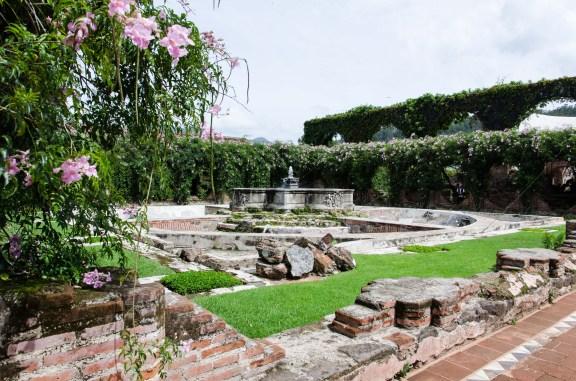 Courtyard of La Casa de Santo Domingo