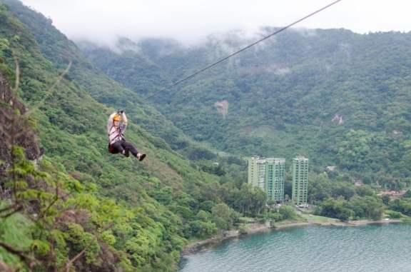 1 km Long Zipline Over The Lake