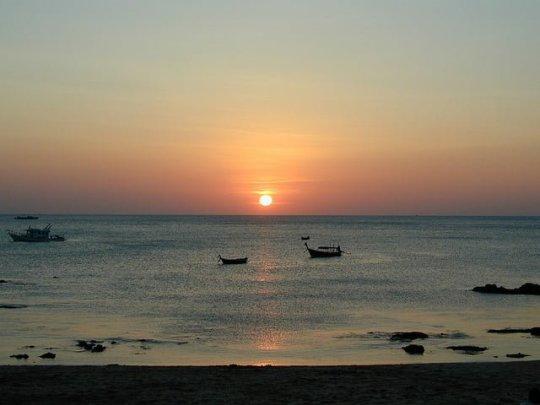 Koh Lanta Sunset (photo credit)