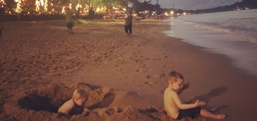 Bophut, Koh Samui, Godberstravel, Godberboys, kim England, Koh Samui with Kids, Top Ten Tips for a hassle free stay in Paradise, Thailand 2017, Thailand 2018, Family Holiday, Digging a Hole, Beach, Beach Life