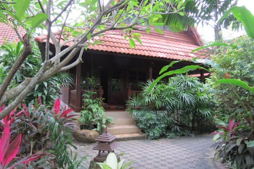 Bophut, Koh Samui, Godberstravel, Godberboys, kim England, Koh Samui with Kids, Top Ten Tips for a hassle free stay in Paradise, Thailand 2017, Thailand 2018, chaweng, smile house, smile, hotel, pool, accommodation