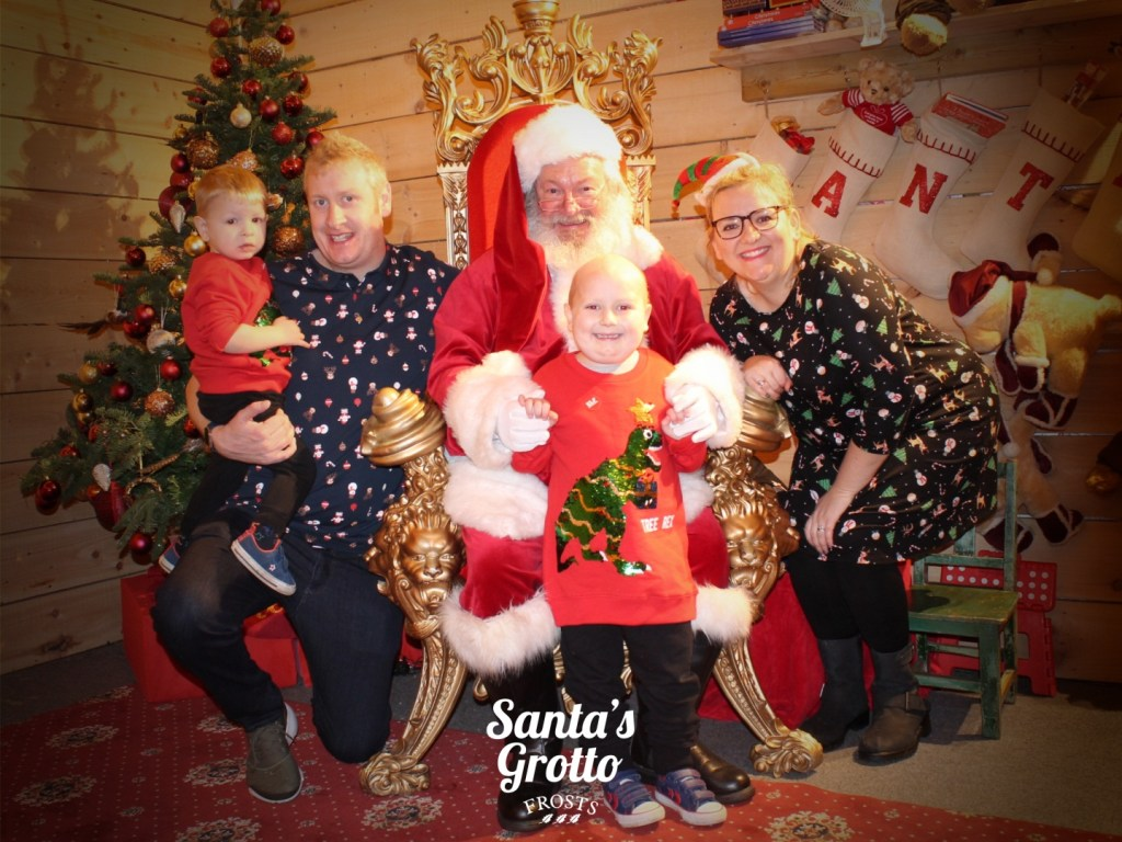 godberstravel, #Donate4Bilbo, Bilbo, childhoodcancer, cancer, leukemia, CLICSargent, giveblood, gofundme, bilbosjourney, our new normal, Christmas 2018, Santa