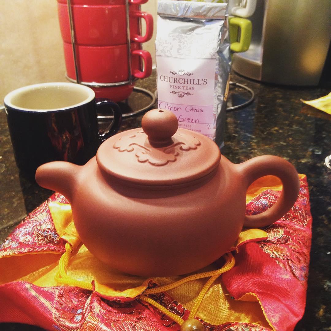 Green citrus loose tea in my traditional Japanese teapot! Good morning!  #tea #teatime #instatea #TagsForLikes.com #tealife #ilovetea #teaaddict #tealover #tealovers #teagram #healthy #drink #hot #mug #teaoftheday #teacup #teastagram #teaholic #tealove #tealife