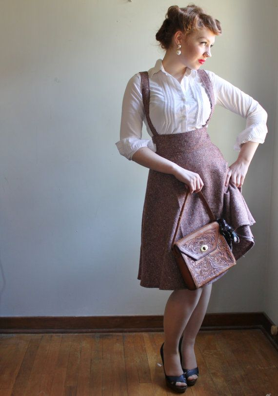 CUTE PINAFORE DRESSES TO BRING BACK THE SCHOOL DAYS