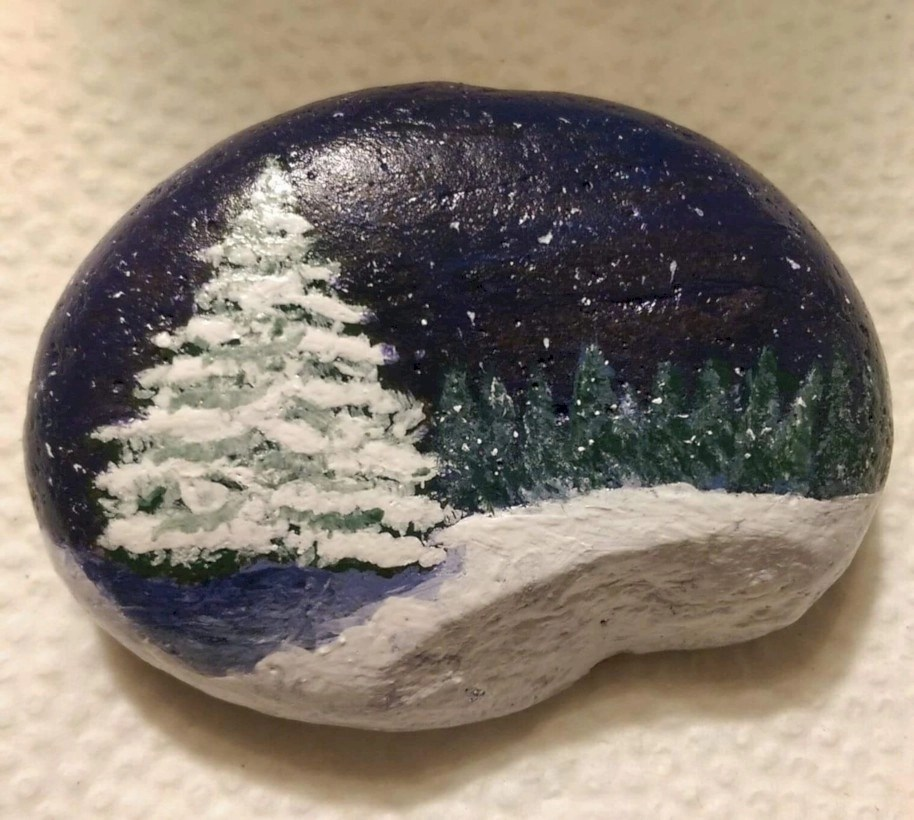 Christmas Rock Painting Images.39 Beautiful Christmas Rock Painting Ideas Godiygo Com