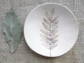 Creative diy dishes made from clay leaves 34