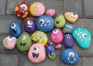 Diy cristmas painted rock design 32