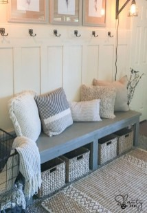 Diy farmhouse entryway inspiration 18