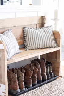 Diy farmhouse entryway inspiration 30