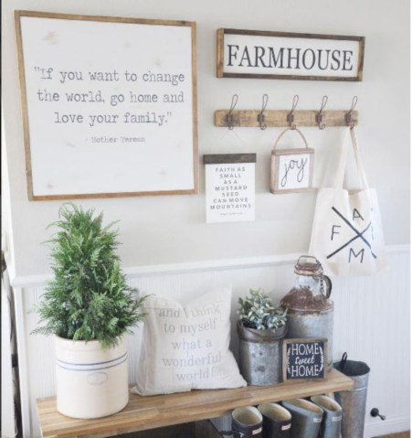 Diy farmhouse entryway inspiration 36