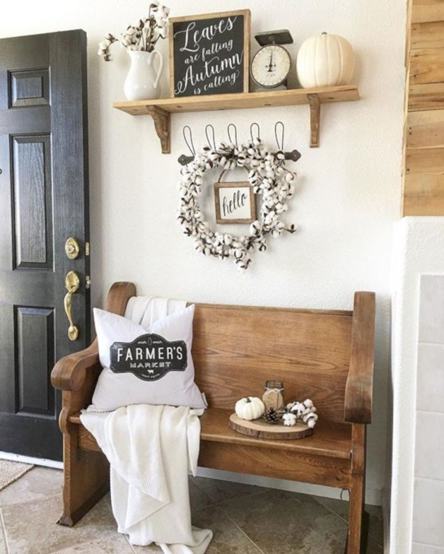 Diy farmhouse entryway inspiration 45