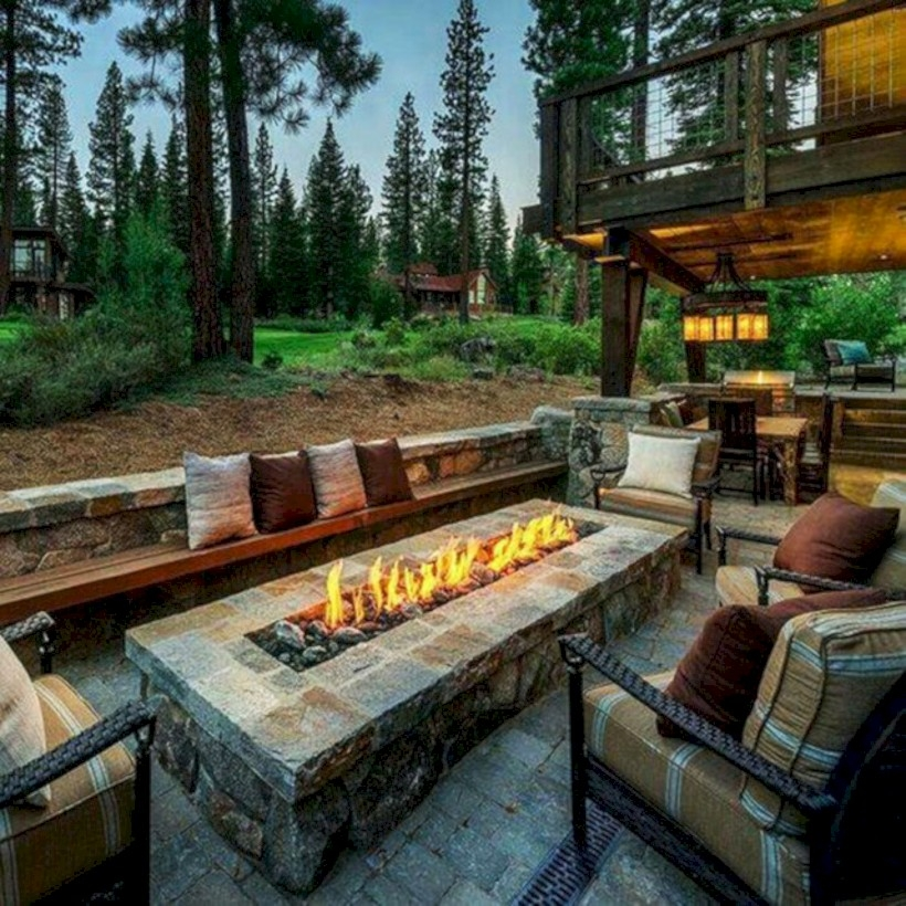37 DIY Outdoor Fireplace and Fire pit Ideas - GODIYGO.COM on Outdoor Fire Pit Ideas id=38994