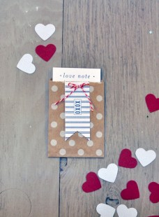 Diy small gift bags using washi tape (23)
