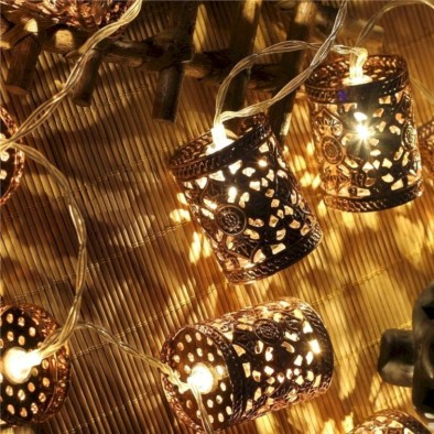 Fairy lights ideas for holiday decorating (15)