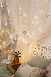 Fairy lights ideas for holiday decorating (26)