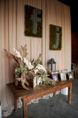 Ideas to arrange your succulent with driftwood 40