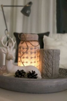 Ideas to decorate your space with candles for christmas 33