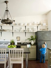 Inspiring ways to use a chalkboard paint on a kitchen 30