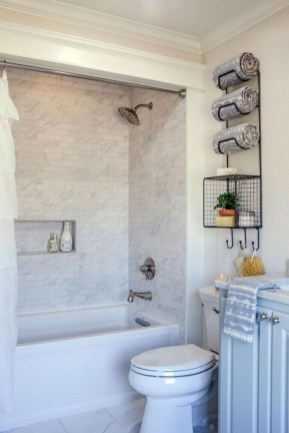 Small bathroom with bathtub ideas 07