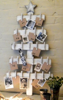 Ways to make your own christmas tree from pallet wood 08