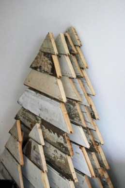Ways to make your own christmas tree from pallet wood 21
