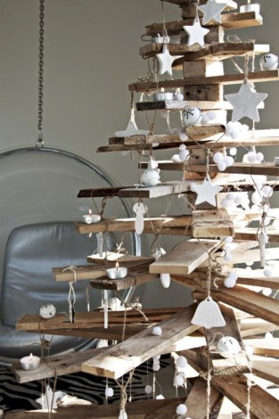 Ways to make your own christmas tree from pallet wood 36
