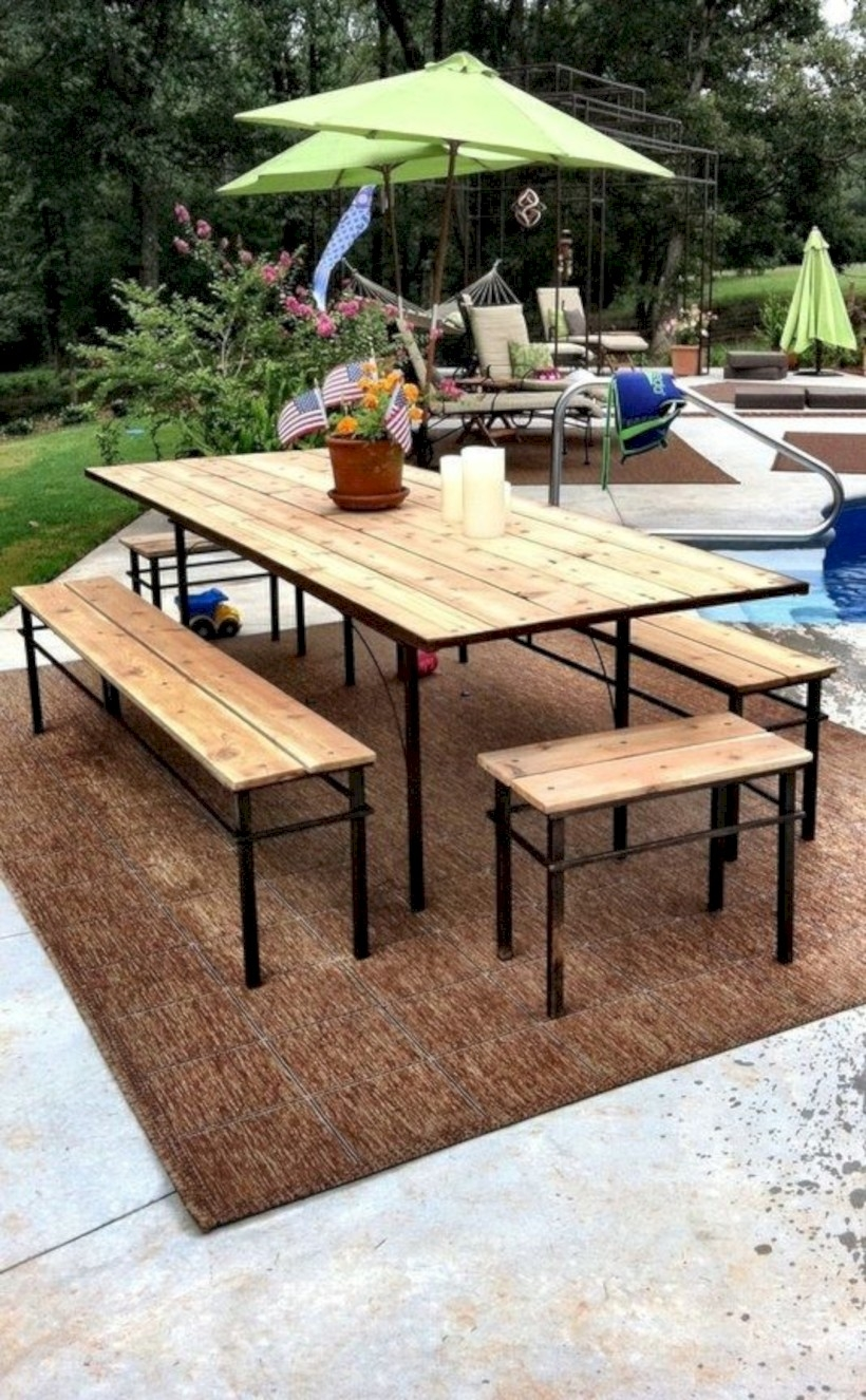 15 Affordable DIY Outdoor Bench Ideas - GODIYGO.COM
