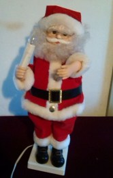 Adorable indoor animated christmas figures 12