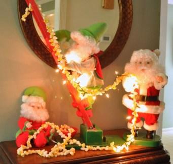 Adorable indoor animated christmas figures 26