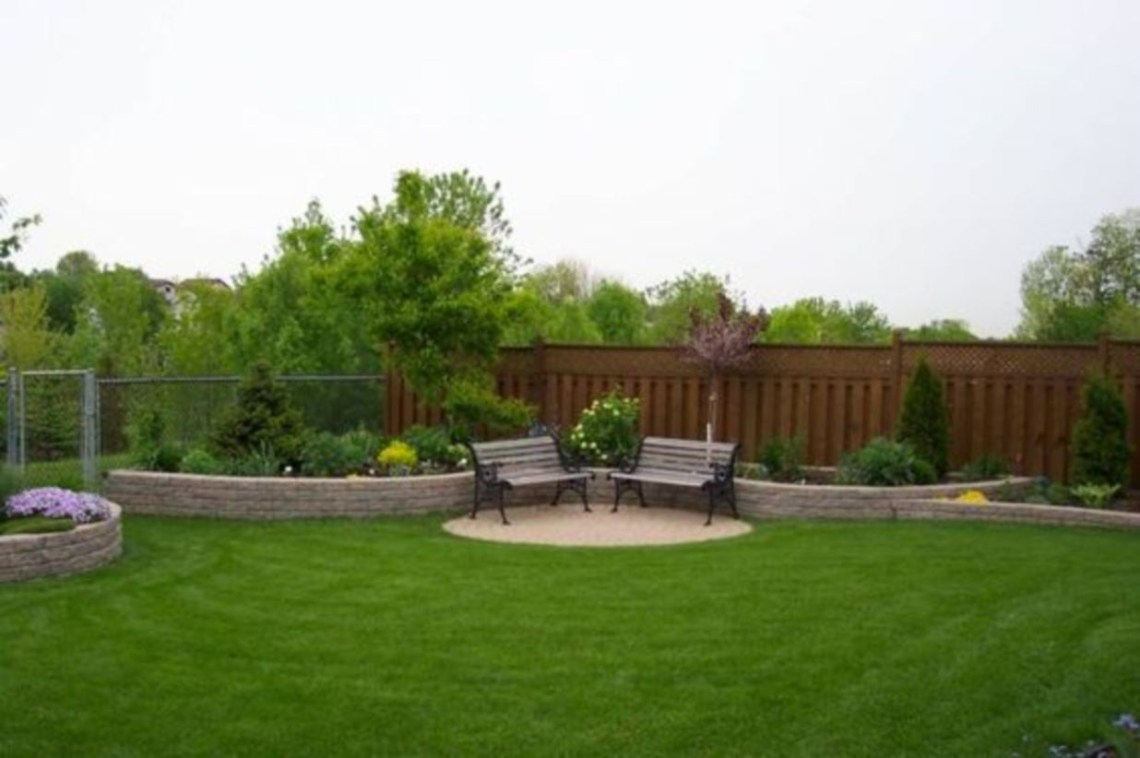 Aesthetic and family-friendly backyard ideas