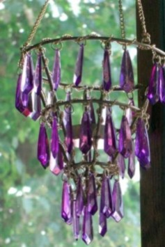 Beautiful beaded wind chime to add sparkle to the garden 01