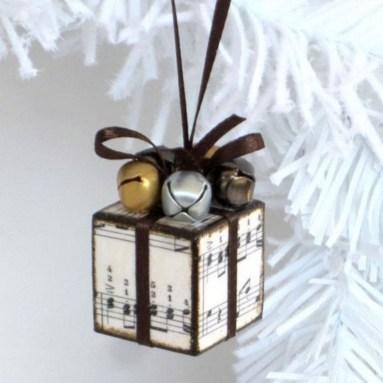 Diy ribbon ornament for christmas 27