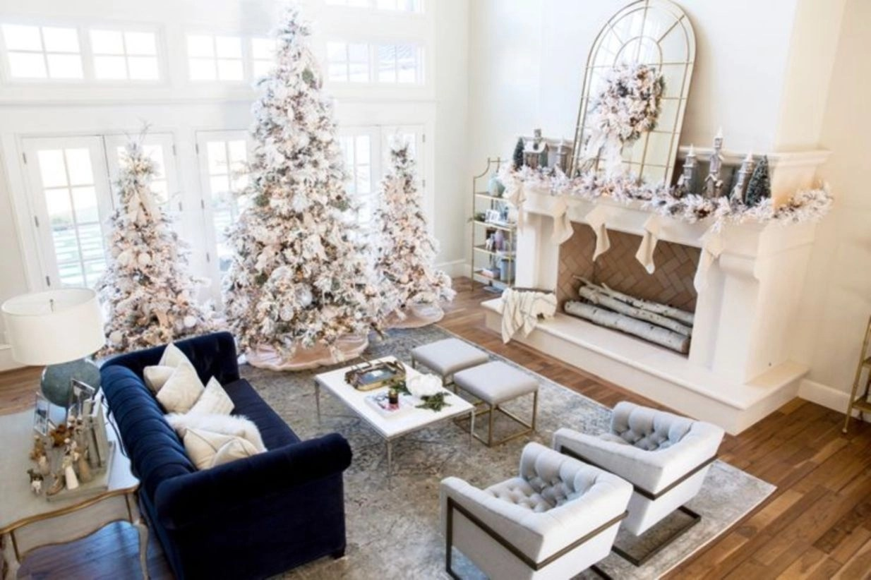 42 Elegant Decorating Ideas For White Christmas