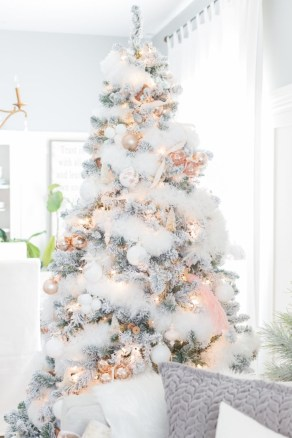 Elegant decorating ideas for white christmas 17