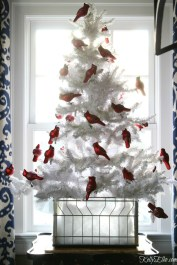Elegant decorating ideas for white christmas 23