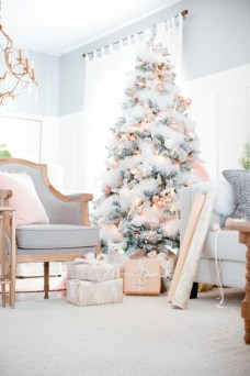 Elegant decorating ideas for white christmas 33