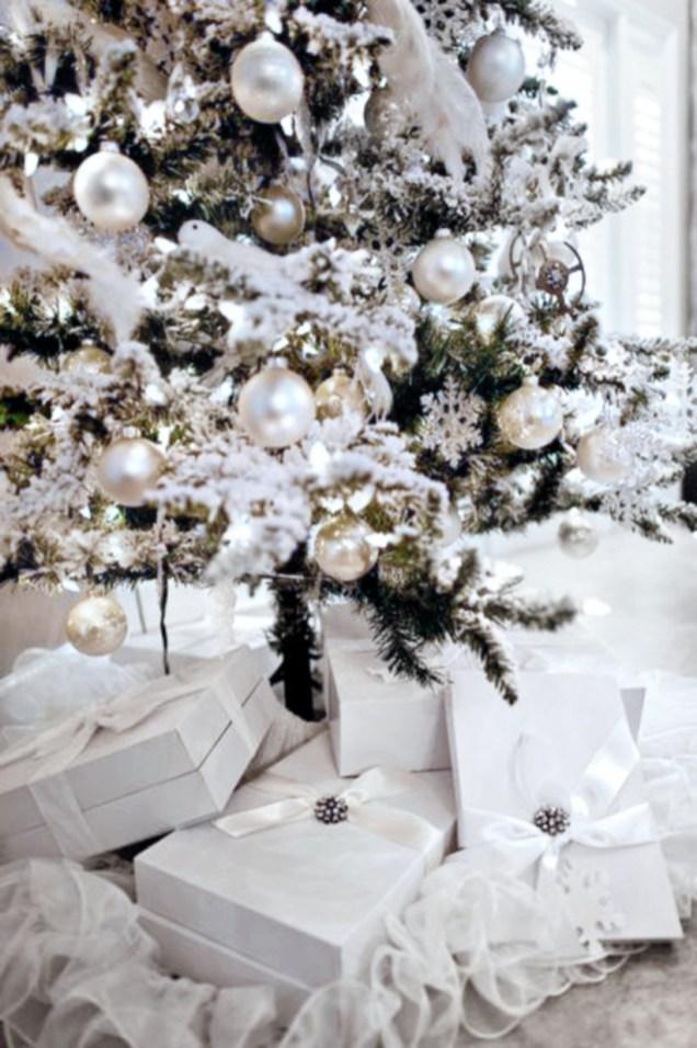 Elegant Christmas Centerpiece Ideas Under : Elegant decorating ideas for white christmas godiygo