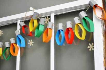 Fun and easy way to decorate your playroom (34)