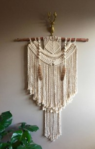 Make your own string art that look artsy for your space 06