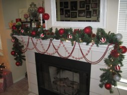 Ways to decorate fireplace for christmas 20