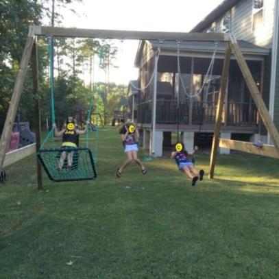 Diy outdoor swing ideas for your garden 03