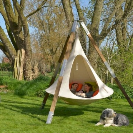 Diy outdoor swing ideas for your garden 32