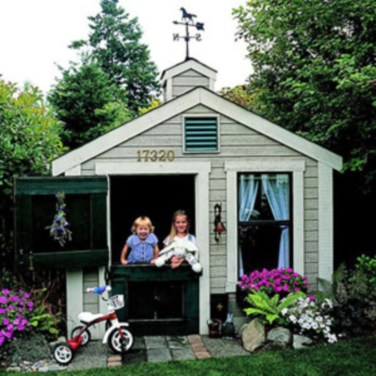 Fabulous backyard playhouse to delight your kids 11
