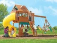 Fabulous backyard playhouse to delight your kids 14