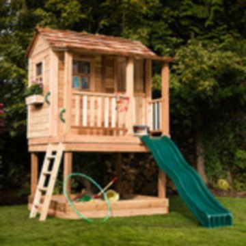 Fabulous backyard playhouse to delight your kids 15