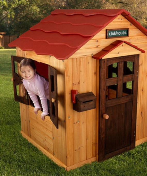 Fabulous backyard playhouse to delight your kids 20