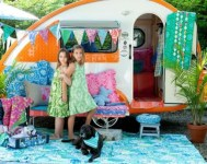 Fabulous backyard playhouse to delight your kids 22